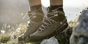 Hiking shoes - High shoes La Sportiva